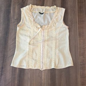 Coupe Embroidered Sleeveless Top